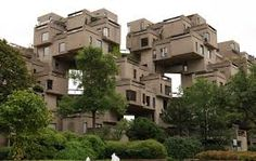 Habitat 67 is architect Moshe Safdie's landmark 158 apartment building in Montreal. Since it was designed for the Expo it has become one of the key buildings of modern architecture. Montreal Qc, Montreal Ville, Online Architecture, Architecture Design, Montreal Architecture, Architecture Student, Cubist Architecture, Contemporary Architecture, Brutalist Buildings