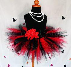 little girls red Christmas tutu Red Tutu, Black Tutu, Baby Costumes, Halloween Costumes, Princess Gifts, Princess Tutu, Christmas Tutu, Shower Outfits, Tutu Outfits