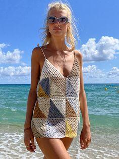 Cotton Crochet, Knit Crochet, Outfits For Mexico, Crochet Beach Dress, Granny Square Crochet Pattern, Summer Knitting, Crochet Cardigan, Crochet Fashion, Crochet Designs