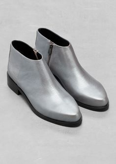 & Other Stories | Metallic Low-Cut Ankle Boots | Silver