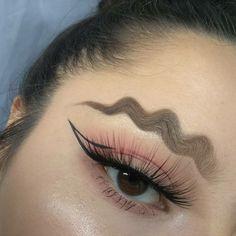 Wavy brows new trend? @slayagebyjess using #Dipbrow in Dark Brown