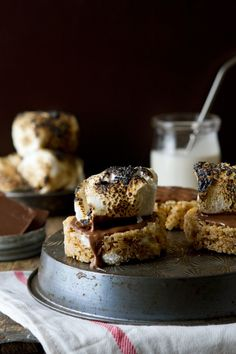Pumpkin Spice Marshmallow Treat S'mores / My Baking Addiction #food #recipe