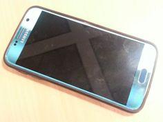 Samsung 6 blå med sort cover/beskyttelse rundt kanten. Htg. Nr.  46 . For yderligere oplysninger kontakt telefon 41328791