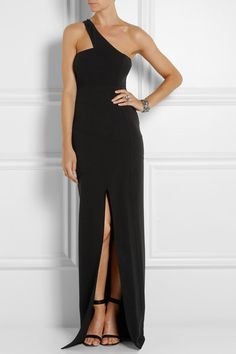 Elegant and effortless.  Perfect maxi version of the LBD