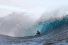 Kelly Slater / Tahiti #WSL #Tahiti #KellySlater #Volcom