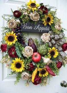 Kitchen wreath All Holidays, Summer Wreath, Fall Decor, Florals, Floral Wreaths, Boutique, Spring Summer, Hands, Fruit