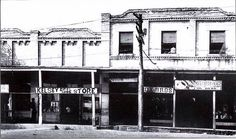 Kelsey Bros. & Cox Bros. On the Town Square, Collierville, Tennessee ca 1920 by Peer Into The Past, via Flickr