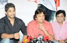 Andhra Wishesh Gallery: Race Gurram Movie Press Meet Stills
