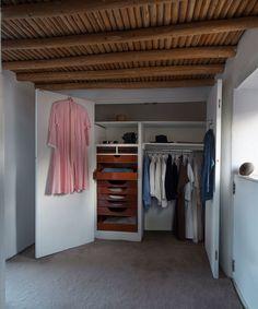 Georgia O'Keeffe's Closet at Abiquiú, 2016 / Photo: Gavin Ashworth / Courtesy of Georgia O'Keeffe Museum