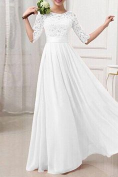 Robe longue de bal dentelle patchwork manches longues élégante blanche