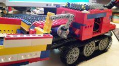 Servo driven Lego caterpillar powered by a micro bit incl Bluetooth remote control
