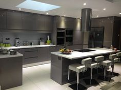 Luxury Kitchens modern high gloss kitchen furniture white luxury modern from European Style Modern High Gloss Kitchen Cabinets Kitchen Tops Luxury Kitchen Design, Kitchen Room Design, Kitchen Cabinet Design, Luxury Kitchens, Home Decor Kitchen, Interior Design Kitchen, Kitchen Tile, Kitchen Designs, Kitchen Island