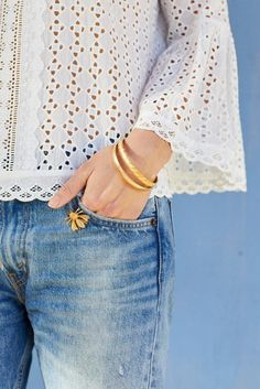 How to wear a mini vintage brooch/pin on denim pocket from Sweet & Spark.