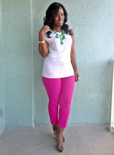 Curves and Confidence   Inspiring Curvy Fashionistas One Outfit At A Time: Pink and Green Girl