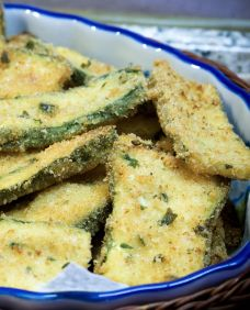 10 New Ways to Cook Zucchini - these Zucchini fries are DELISH! Click to find out how to make Zucchini Brownies - YUM! Thanks Daily Spark!