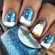30 Cutest Christmas Nail Art Ideas - - 30 Cutest Christmas Nail Art Ideas Tori's Nails Funkelnder Schnee und Pinguin-Nagelkunst Holiday Nail Art, Christmas Nail Art Designs, Winter Nail Art, Winter Nail Designs, Nail Polish Designs, Cute Nail Designs, Winter Nails, Nails Design, Summer Nails