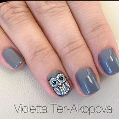 We all want beautiful but trendy nails, right? Here's a look at some beautiful nude nail art. Owl Nail Art, Owl Nails, Funky Nail Art, Minion Nails, Gray Nails, Owl Nail Designs, Fall Nail Art Designs, Fancy Nails, Cute Nails