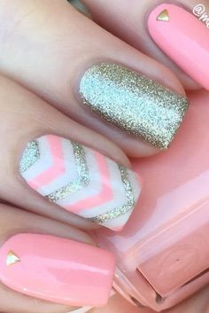 Take a look at 15 beautiful chevron nail designs to try this summer in the photos below and get ideas for your own amazing manicures! How lovely is this neon orange with white gold and mint? Chevron Nail Designs, Diy Nail Designs, Pink Chevron Nails, Chevron Nail Art, Glitter Chevron, Nail Designs For Summer, Nail Art Ideas For Summer, Nail Designs For Kids, Summer Nail Art