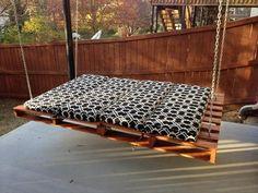 Creative Ideas - DIY Pallet Swing Beds