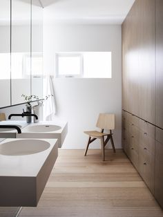 minimal bathroom with tons of storage. hiding the mess. House Mid-Century Revival by Studio Prineas Minimalist Bathroom Furniture, Minimalist Bathroom Design, Minimal Bathroom, Bathroom Interior Design, Modern Bathroom, White Bathrooms, Luxury Bathrooms, Master Bathrooms, Dream Bathrooms
