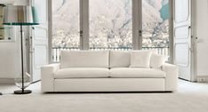 kubic class All the value and quality of a sofa with a simple gesture becomes a big bed. Sofa Bed, Modular Design, Big Beds, Divani Design, Sofa Online, Interior Design Classes, Interior, Retail Furniture, Home Decor