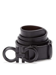 All black everything people, You know my dress code!   (Salvatore Ferragamo Double Logo Belt)