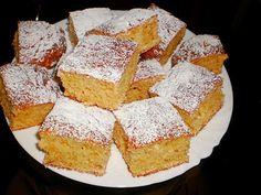 Almás kevert elkészítése Cornbread, Sweets, Ethnic Recipes, Food, Kuchen, Millet Bread, Recipes, Gummi Candy, Essen