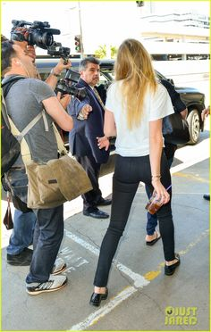 Full Sized Photo of amber heard lax without johnny depp 15 | photofull | Just Jared