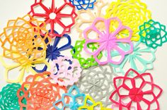 Omiyage Blogs: DIY: Putting Kirigami to Use - Part 1 ....  these are great to use for #mandala templates!