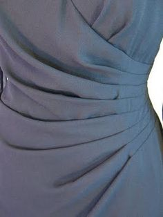 Understanding Tucks vs Pleats--I so needed this recently. Sewing Lessons, Sewing Hacks, Sewing Tutorials, Sewing Projects, Sewing Tips, Techniques Couture, Sewing Techniques, Diy Clothing, Sewing Clothes