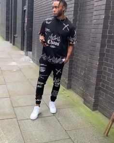 Black Jogger Pants, Fitted Joggers, Black Pants, Grey Sweatshirt, Black Hoodie, Combat Pants, Rhinestone Transfers, Printed Denim, Distressed Skinny Jeans