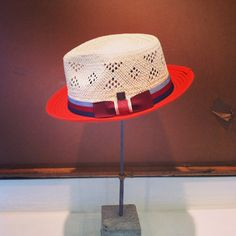 Oliver from collection. A straw hat will never be same again! Oliver has everything to make a straw hat looking sexy, stylish, modern and hip! Ss 15, Hats For Men, Snapback, Cowboy Hats, Fedora Hats, Stylish, Mad, Sexy, Cover