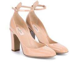 Valentino Leather Tan-Go Pumps (2.315.585 COP) ❤ liked on Polyvore featuring shoes, pumps, heels, tan, ankle strap pumps, mary jane shoes, leather pumps, block heel pumps and leather mary janes