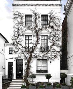 Dream House Exterior, Georgian Homes, Building Design, Bei Bei, Interior  Architecture,