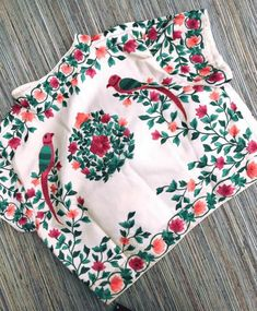 17 Latest Thread Work Blouse Designs for Every Occasion Looking for latest thread work blouse design to try this season? Check out 17 amazing blouse models that you can wear with any saree and be a show stopper! Blouse Back Neck Designs, Fancy Blouse Designs, Bridal Blouse Designs, Ethno Style, Stylish Blouse Design, Designer Blouse Patterns, Bollywood, Indie, At Least