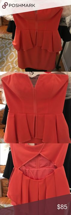 Dress Adorable Cocktail dress perfect for summer or early fall wedding / zipper closure on side- fits more like a 6 - open back detail - cups sewn in but can be removed ABS Allen Schwartz Dresses Midi