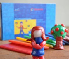 Stockmar Modeling Beeswax is used in Waldorf education as a modeling wax for young children. Colorful and reusable, the ideal medium for molding and modelling. Waldorf Crafts, Waldorf Toys, Eco Kids, Crafts For Kids, Arts And Crafts, Natural Toys, Childrens Gifts, Kids Gifts, Moon Child