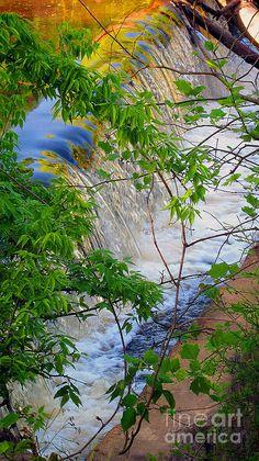 ✯ Waterfall in North Carolina