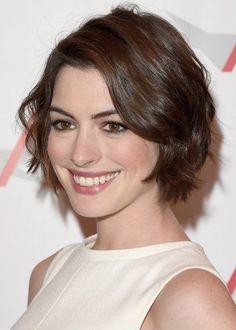 Cabelo curto com franja - Anne Hathaway