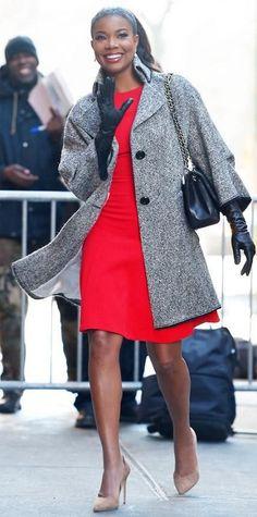 ** red ck dress + coat + black bag + beige suede heels OR grey dress + red coat // Gabrielle Union Black Girl Fashion, Womens Fashion, Fashion Trends, Street Chic, Street Style, Meagan Good, Gabrielle Union, Hollywood, Work Looks
