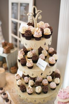 The Flour Shoppe Mini Cupcakes Photo by Melanie Rebane Photography Ottawa Bridal Party 2013 – Highlights