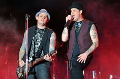 Benji and Joel Madden from the Band Good Charlotte.