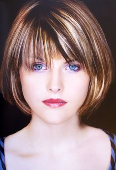 If you are ready for a new haircut then you should definitely give short haircut styles for women a try and you may be surprised at how many heads you turn with your new short hairstyle. Bob Hairstyles With Bangs, Short Bob Haircuts, Short Hair With Layers, Short Hair Cuts For Women, Medium Hair Styles, Short Hair Styles, Great Hair, Hair Highlights, Hair Day