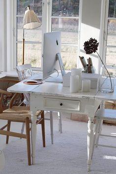 Formosa Casa: Home Offices, Bem Clarinhos E Aconchegantes!
