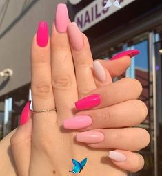 Leaving Facebook 25 Elegant Nail Designs to Inspire Your Next Mani -  Gallery of unique nail art designs for any season and reason. #shortacrylicnails #rednails<br> Simple Acrylic Nails, Acrylic Nails Coffin Short, Pink Acrylic Nails, Acrylic Art, Acrylic Nail Designs For Summer, Pink Acrylics, Easy Nails, Colorful Nails, Acrylic Nails Designs Short