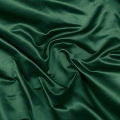 duchess satin Solid Emerald Green Silk Duchess Satin Fabric A truly beautiful silk fabric with a satin sheen. It is a medium weight with a slight firm hand. Dark Green Aesthetic, Rainbow Aesthetic, Aesthetic Colors, Aesthetic Photo, Aesthetic Pictures, Green Satin, Green Silk, Green Fabric, Royal Green