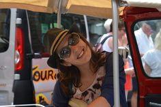 Tania, Tuk-Tuk-Fahrerin in Lissabon.