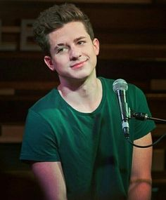 OMG He has different color t-shirts #charlieputh #greeneyes