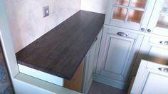 Столешница из наборного массива дуба (Мореный дуб) на кухню. Глубина столешницы в месте врезки варочной поверхности - увеличена на 10 см. Толщина 30 мм.