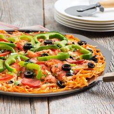 炭水化物のハイブリッド!アメリカで人気の「スパゲティピザ」が気になる - macaroni